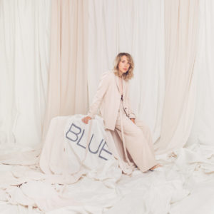 Pochette album BLUE de Rosie Valland